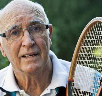 Muere el histórico tenista Andrés Gimeno, campeón de Roland Garros en 1972