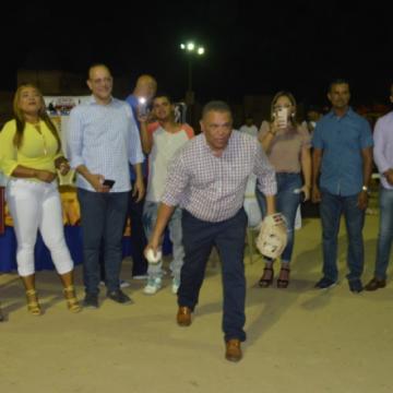 Reconocen a Martin Duran en la apertura del Clásico de Softbol Talento de Barrio