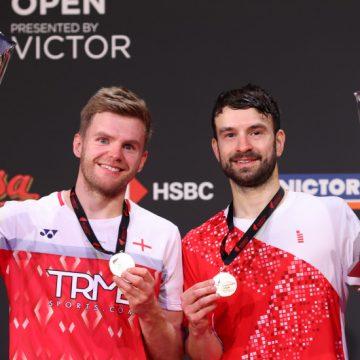 Británicos Ellis y Langridge rompen hechizo de 45 años y ganan dobles Bádminton Dinamarca