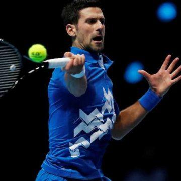 Djokovic vence a Zverev para chocar con Thiem en semifinal del Nitto ATP Final 2020