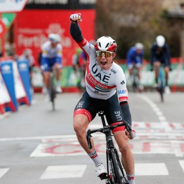 Belga Jasper Philipsen gana etapa 15 Vuelta a España 2020