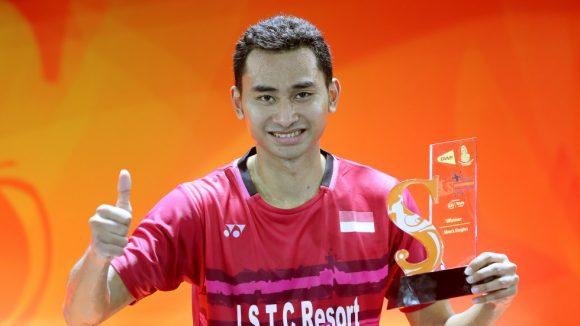 Badmintonitas Sugiarto, Momota y Tien Chen felices de llegar a 3 Torneos de Tailandia en enero 2021