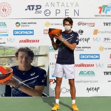 De Minaur se corona ante Bublik en Antalaya Open 2021