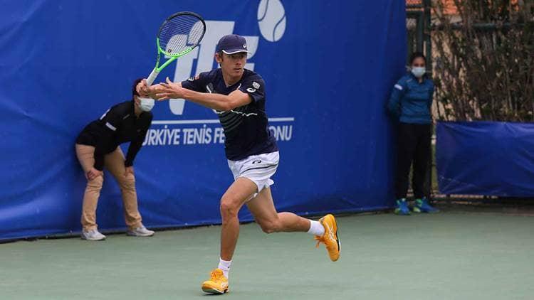 Australiano De Minaur despacha a francés Goffin para enfrentar a kazaco Bublik en final de Antalaya Open 2021