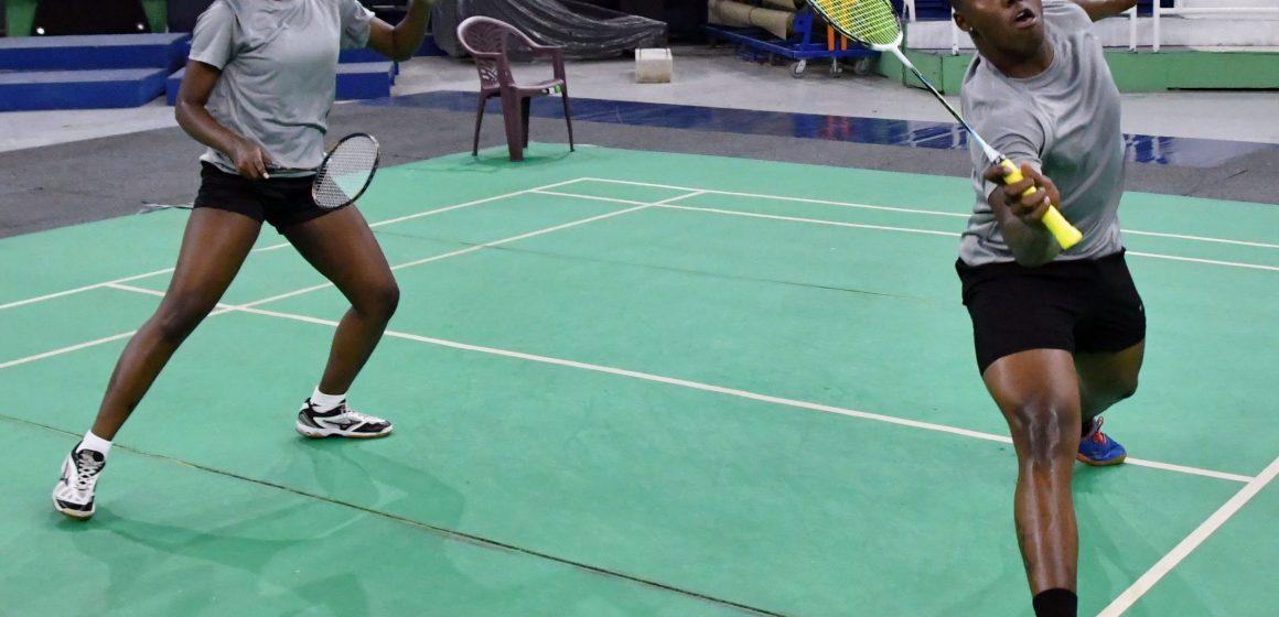 Linares, Pie y Mariñez brillan en inicio Bádminton Santo Domingo Open 2021